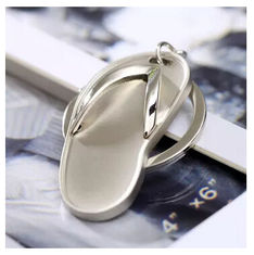China New creative gift product metal slipper keychain keyrings supplier