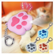 China New creative gift product cartoon animal cat paw led light keychain keyrings with sound supplier