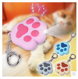 China New creative gift product cartoon animal cat paw led light keychain keyrings with sound factory